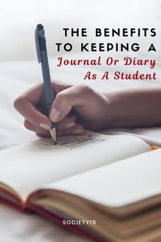 The Benefits To Keeping A Journal Or Diary As A Student College Trends, College Hacks, School Hacks, Keeping A Diary, Keeping A Journal, Study Hacks, Study Tips, Life Moves Pretty Fast, Depression Symptoms