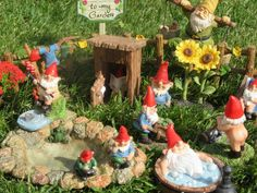 Miniature Gnome World Garden Gnome Miniatures Garden Gnome Fairy Miniatures Gnome Garden, Solar Lights, Faeries, Gnomes, Outdoor Gardens, Gingerbread, Fairy, Miniatures, Table Decorations