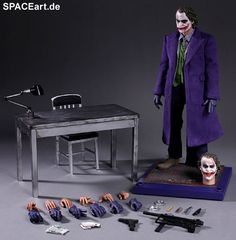 Batman - The Dark Knight: Joker 2.0, Voll bewegliche Deluxe-Figur ... http://spaceart.de/produkte/bm010.php