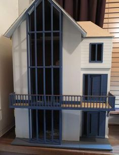 Lakeview House, Dolls House Emporium by Mike Adamson - Dolls' Houses Past & Present- GREAT HOUSE!!