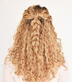 9 Easy On-the-Go Hairstyles for Naturally Curly Hair via @ByrdieBeautyUK