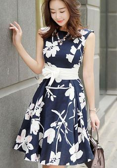 Blue Floral Belt Bow Sleeveless Sweet Midi Dress