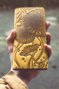 Leather wallet with sunflower emboss. Camel by TropaeisLeather