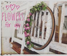 "Silvia Acevedo Eldredge Gloor on Instagram: ""FoR yOu💞"" Vintage Home Decor, Shabby Chic, Wreaths, Flowers, Instagram, Florals, Retro Home Decor, Vintage Interior Design, Bouquet"
