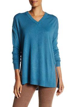 Oversized V-Neck Pullover Sweater