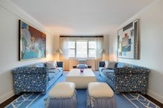 There's a $20,000 per month price tag on this busy blue number on the Upper East Side that offers up a floor space of 2,000 square feet. Oak...