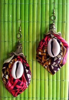 Find the perfect handmade gift, vintage & on-trend clothes, unique jewelry, and more… lots more. Diy African Jewelry, African Accessories, African Earrings, Funky Jewelry, Shell Jewelry, Jewelry Crafts, Denim Earrings, Fabric Earrings, Textile Jewelry