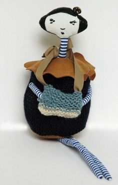 Knitted Pie Girl by thecatintheshoe on Etsy
