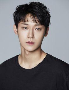 "[HanCinema's News] ""Hotel Del Luna"" Releases More Cast Details, Including Choi Tae-joon's Replacement Lee Hyun, Lee Seung Gi, Weightlifting Fairy Kim Bok Joo, Handsome Korean Actors, Boy Pictures, Korean Star, Kdrama Actors, Asian Actors, K Idols"