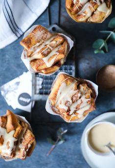 Zupfbrot Muffins Rezept pull apart bread muffins recipe zimtschnecken backrezept backen zuckerzimtundliebe foodblog backblog foodstyling zimtfüllung hefeteig muffins adventsgebäck muffinform
