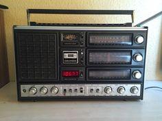 Der Weltempfänger ist gebraucht,aber in einem sehr guten Zustand. Maße ca. 50 x 31 x 12 cm (LxHxT)....,Grundig Satellit 3000 Weltempfänger Radio (Baugleich 3400) in Düsseldorf - Bezirk 6
