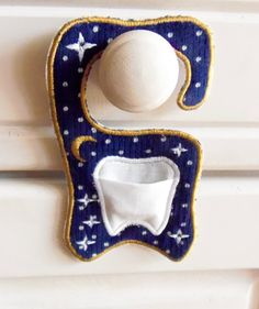 Tooth fairy door hanger in the hoop, machine embroidery design ITH .