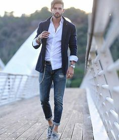blazer and style icon Outfit Jeans, Blazer Outfits Men, Blazer With Jeans, Blazer Fashion, Casual Outfits, Mens Fashion, Stylish Men, Men Casual, Men Style Tips