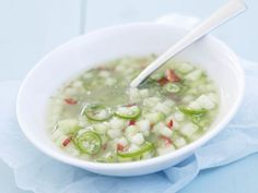Melonensalsa aus Galiamelone ist ein Rezept mit frischen Zutaten aus der Kategorie Salsa. Probieren Sie dieses und weitere Rezepte von EAT SMARTER!