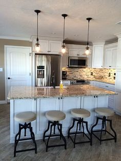 Beach Villa On Siesta Key Complete Renovation Reveals A Beautiful Showplace Newly Remodeled In 2015 Is Short Stroll To Fabulous Crescent Whe