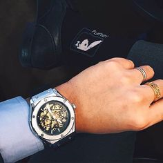 Ready to start the week in style with Aurelius in hand.   GENTS Timepieces offer the best in luxury timepieces for men, without the burden of price.  Nothing over $100 & Free Shipping Worldwide!