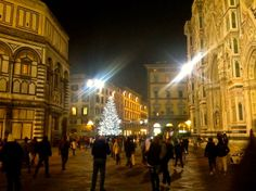 Piazza del Duomo #Florence #decoration #Christmas #tree
