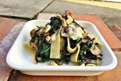 Pastamaniac - Tagliatelle mit Spinat, Champignons und Taleggio, vegetarisch