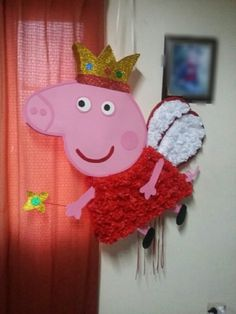 Piñata Peppa Pig - $ 370,00 en Mercado Libre Pig Birthday Cakes, 2nd Birthday Parties, Birthday Party Decorations, Peppa Pig Pinata, Cumple Peppa Pig, Pig Party, Baby Party, Facebook Christmas Cover Photos, Peppar Pig
