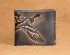 One-Of-A-Kind-Gift for the Duck Hunter in your life . our Embossed Duck Bifold Men's Leather Wallet . from House of Jack Co. Hunter Christmas Gifts, Christmas Gifts For Husband, Christmas Ideas, Christmas Presents, Leather Gifts, Men's Leather, Leather Craft, Duck Hunter Gifts, Waterfowl Hunting