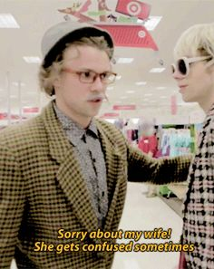 Lashton in 5 Seconds of Summer - 5SOS Retirees Go Rogue (Target Prank Pt. 2)