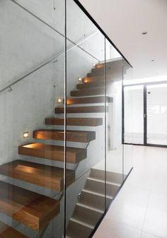 Modernes treppenhaus einfamilienhaus  Auf Eiche geht es sich besser | Treppenstufen, Natur und Treppe