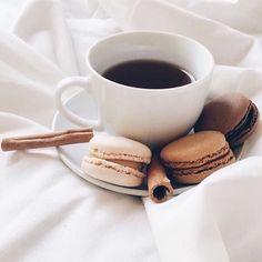 Coffee Tasting, Coffee Drinks, Coffee Cups, Coffee Flask, Coffee Enema, Espresso Coffee, Coffee Coffee, Black Coffee, Coffee Facts