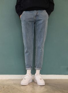 we sell clothes Blue Jeans Outfit Men, Blue Jean Outfits, Mode Streetwear, Streetwear Fashion, Retro Outfits, Casual Outfits, Look Fashion, Fashion Outfits, Mode Man