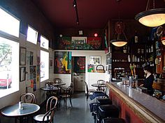 Mario's Bohemian Cigar Store Cafe :: Guide to North Beach Shopping and Dining :: One of San Francisco's Most Popular Shopping And Dining Districts