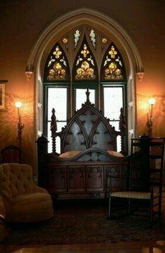 Gorgeous #Gothic bedroom