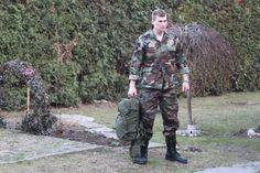 Vďaka širšiemu strihu v stehnách sú maskáčové nohavice BDU od Helikon-Tex veľmi pohodlné a vhodné na rôzne športové, outdoorové aktivity. http://www.armyoriginal.sk/3058/110376/us-maskacovy-komplet-bdu-woodland-helikon.html