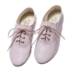 haco. [ハコ]|スロウ for h.ER マニッシュなエナメルシューズ<ピンク>|フェリシモ (830.390 VND) ❤ liked on Polyvore featuring shoes, oxfords, flats, обувь, women, flat heel shoes, flat pumps, oxford flats, oxford shoes and flat shoes