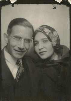** Vintage Photo Booth Picture **   Beautiful couple