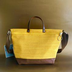 "Tasche ""kokett"" aus Vintagematerial Burlap, Lisa, Reusable Tote Bags, Fashion, Bags, Moda, Hessian Fabric, Fashion Styles, Fashion Illustrations"