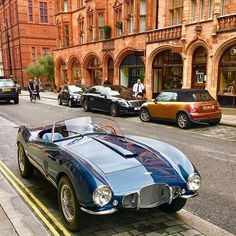 Aston Martin is known around the world as one of the premier luxury car makers. The Aston Martin Vulcan is a track-only supercar New Sports Cars, Classic Sports Cars, Sport Cars, Classic Cars, Carros Aston Martin, Aston Martin Lagonda, Retro Cars, Vintage Cars, Antique Cars