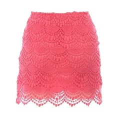 don't think I could pull this off, but I like the color, and I like lace too.