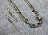 Upcycle Old Chains: DIY Knotted Necklace and Earrings >> http://blog.diynetwork.com/maderemade/how-to/diy-knotted-chain-necklace-using-old-and-broken-chains?soc=pinterest