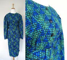 Vintage Tribal Dress // Geometric Pattern Size by VolereVintage, $38.00  https://www.etsy.com/listing/119359243/vintage-tribal-dress-geometric-pattern?ref=v1_other_2