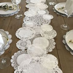 PRETTIE TABLE RUNNER Shabby Rustic Paper Doilies - Diy, Weddings, Parties, Table…