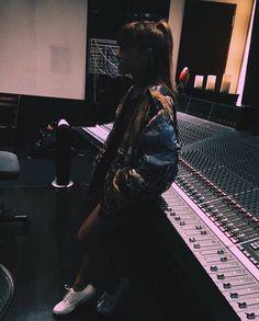 Ariana Grande at studio