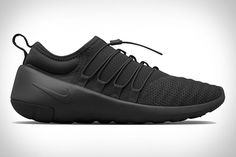 November 2015 Shoes - These November 2015 shoes trends range from rugged running boots to pyramid-inspired sneakers. When looking at the month's most notable style...