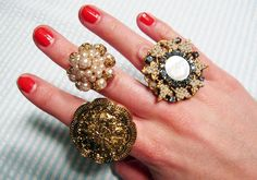 Vintage Jewelry Crafts Give old jewelry a new lease on life by making them into unique cocktail rings with this easy tutorial! Vintage Jewelry Crafts, Diy Jewelry, Jewelry Rings, Handmade Jewelry, Fashion Jewelry, Jewelry Design, Jewelry Making, Jewlery, Vintage Jewellery