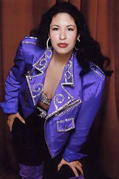 Selena Quintanilla Perez, Selena Quintanilla Birthday, Lisa Nicole, Selena And Chris, Selena Pictures, Celebrity Makeup Looks, Lab, Famous Women, Beautiful Actresses