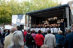 Bevrijdingsavond 5 mei 2011 op het Raadhuisplein in Zevenaar.