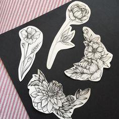Свободные цветочки. #пион#мак#хризантема #цветы#татуспб #эскизтату#эскизцветы#арт#spbtattoo #art #annabravo #tattooart #tattooartist #peonytattoo #sketchtattoo #sketch