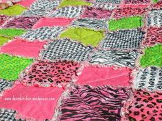 I am currently making this quilt in black and lime green prints for Trinity. The best part about it is she thinks its for her cousin. Sewing Hacks, Sewing Projects, Diy Projects, Sewing Tips, Hobbies To Try, Hobbies That Make Money, Rag Quilt, Quilts, Diy Crafts And Hobbies