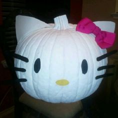 Hello Kitty pumpkin the girls and I made last year Halloween Food For Party, Diy Halloween Costumes, Halloween Crafts, Holiday Crafts, Halloween Decorations, Halloween Ideas, Costume Ideas, Hello Kitty Costume, Hello Kitty Pumpkin