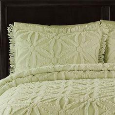 LaMont Luxury Bedding Chenille Coverlet Quilt King Quilt 3pc Set Sage Green Textured Bedspread Arianna Honeydew (King) Nicole Miller http://www.amazon.com/dp/B014502JTA/ref=cm_sw_r_pi_dp_U3B3vb0DG4CBE
