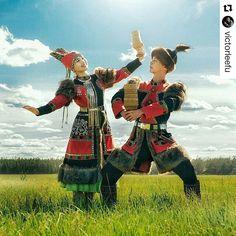 #Repost @victorleefu with @repostapp ・・・ Таптыыбын Сахам Сирин!  #таптал #фотограф #сахалар #минсахабын #якутия #национальнаяодежда #СахаСирэ #север #арктика #природа #ысыах #любовь #чорон #танец #РеспубликаСаха #счастье #фото #фотография #жизньякутии #liveyakutia #yakutia #Siberia #north #love #photos #photographer #sakha #instamood #instagram
