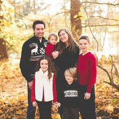 So I'm probably going to be filling your feed with our family pictures, because I just got them back, and I'm totally in love. Thank you so much Kelly Searle Photography!! You're amazing! ❤